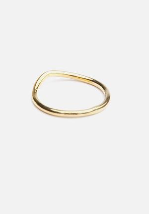 Bennt Swoop Knuckle Ring Jewellery Gold