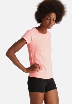 ONLY Play Anissa Seamless Training Tee T-Shirts Bright Orange