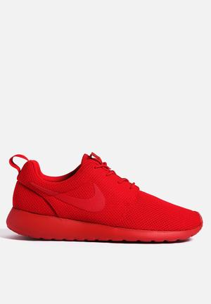 Nike Roshe One Sneakers Varsity Red