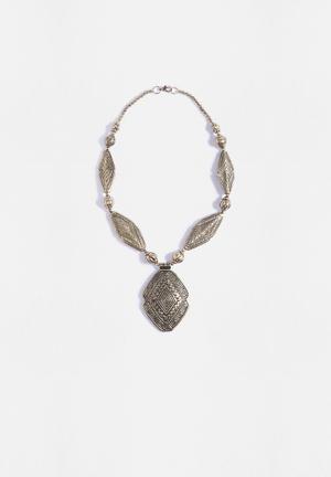 Vero Moda Dine Necklace Jewellery Pale Gold