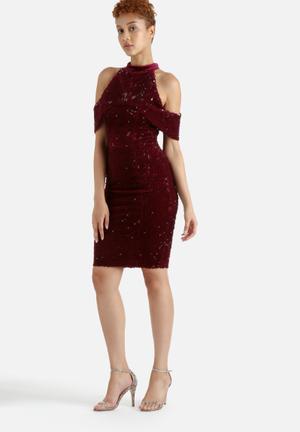 Lavish Alice Velvet & Sequin Open Sleeve Dress Occasion Bordeaux