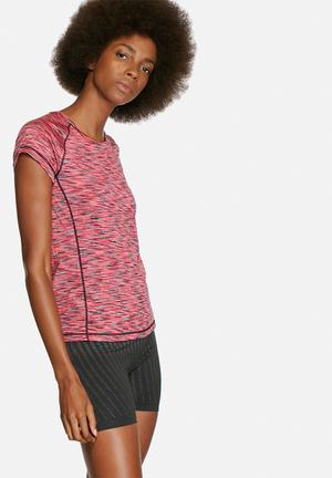ONLY Play Tine Training Tee T-Shirts Pink