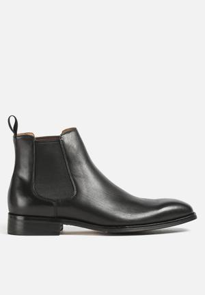 Windsor Smith Stockman Leather Chelsea Boots Black