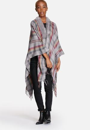 ONLY Audrey Weaved Check Cape Scarves Grey With Check Print
