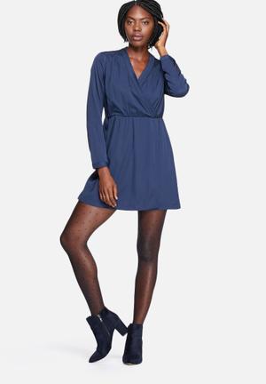 Vero Moda Sophia Plain Wrap Tea Dress Casual Black Iris