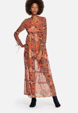 Vero Moda Reba Fabs Maxi Dress Casual Mandarin Red