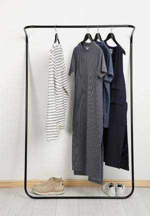 Emerging Creatives Clothes Rail Shelves & Racks Black