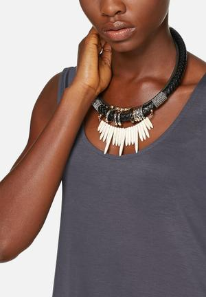 Vero Moda Maiken Necklace Jewellery Black