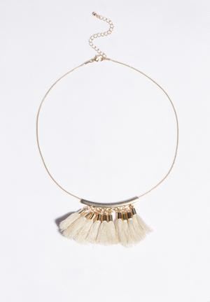 Glamorous Tassel Necklace Jewellery Gold & Cream