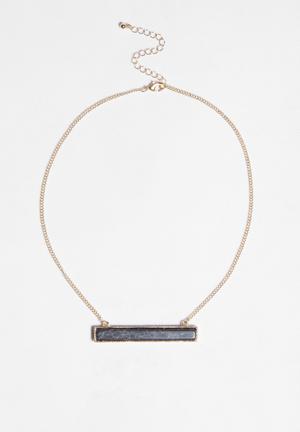 Glamorous Black Stone Necklace Jewellery Light Gold & Black