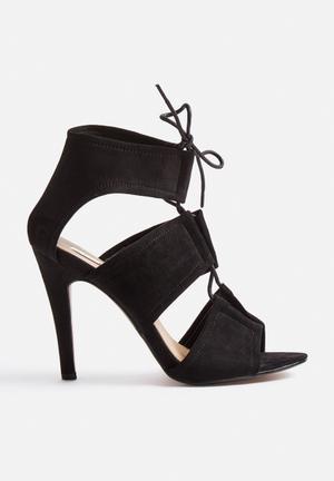 Billini Orto Heels Black
