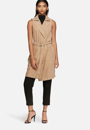 VILA Emmely Sleeveless Jacket Camel