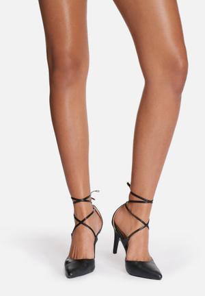 Billini Terrano Heels Black