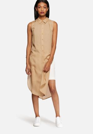 Vero Moda Jess Open-side Long Shirt Brown