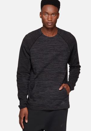Nike Tech Knit Crew Hoodies & Sweatshirts Black