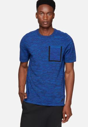 Nike Tech Knit Tee T-Shirts Blue