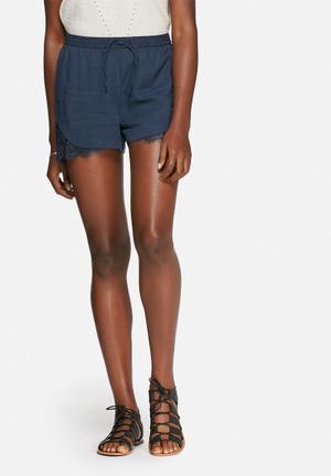 Vero Moda Monsoon Shorts Navy
