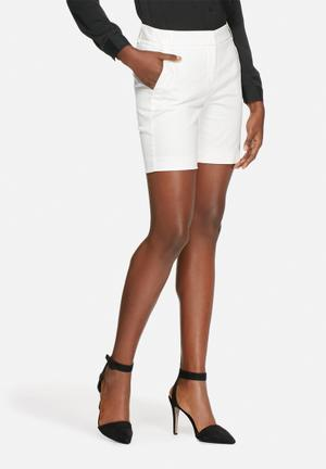 Vero Moda Irene Shorts White