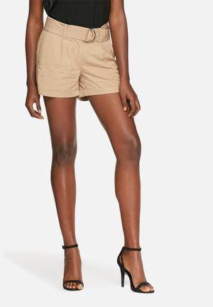 Vero Moda Ofira Shorts Tan