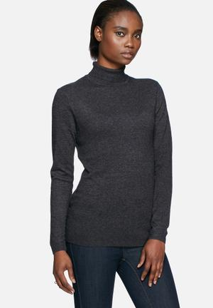 River roll neck knit
