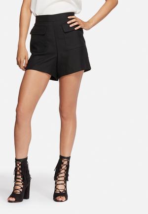 Vero Moda Lala Tailored Shorts Black