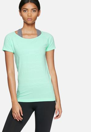 ONLY Play Scarlet Training Tee T-Shirts Green