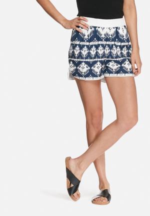 VILA Kantana Shorts Navy