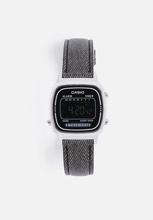 Casio Digital Wrist Watch Black