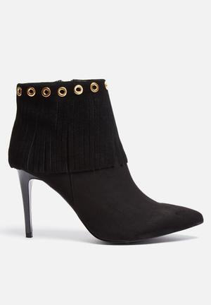 Glamorous Eyelet Boot Black