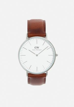 Daniel Wellington St Mawes Watches Silver Face & Brown Leather Strap