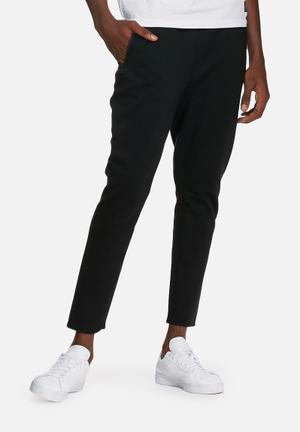 Solid Tyler Pants Sweatpants & Shorts Black