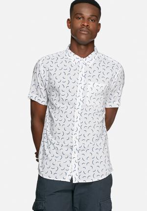 Bellfield Lacuna Shirt White & Blue