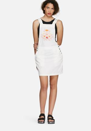 Vero Moda Florence Dungaree Dress Casual White & Orange