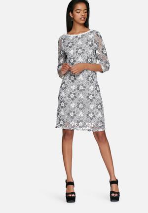 Vero Moda Janet Deep Back Dress Casual Grey / Black / White