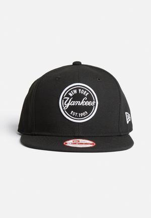 New Era 9 Fifty NY Yankees Headwear Black