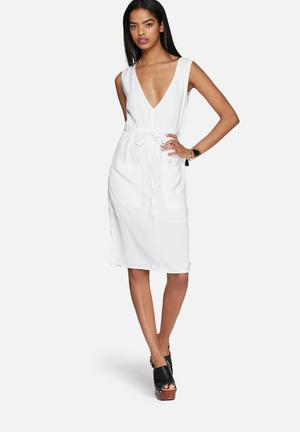 Neon Rose Plunge Pocket Dress Formal White