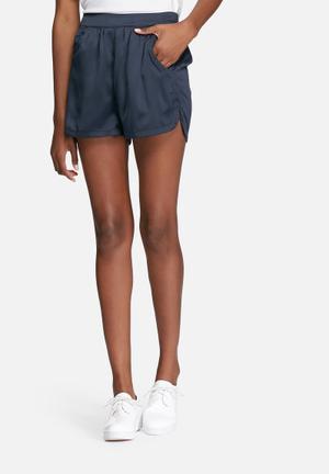 VILA Centri Shorts Navy