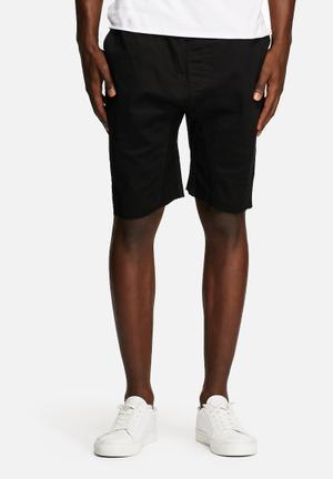 Basicthread Deco Shorts Black
