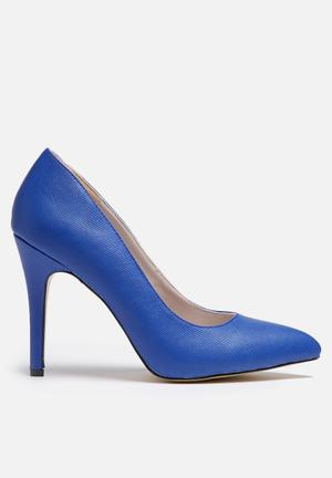 Gino Paoli Pointed Court Heels Blue