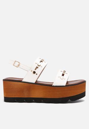 Footwork Ava Sandals & Flip Flops White
