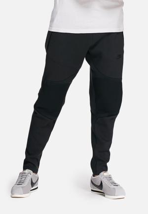 Nike Tech Fleece Pants Sweatpants & Shorts Black
