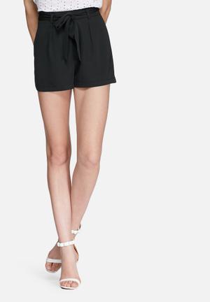 Missguided Tie Waist Tailored Shorts Black