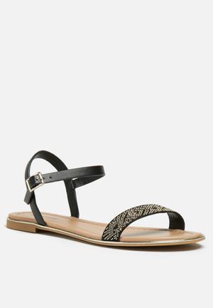 Call It Spring Gwelawen Sandals & Flip Flops Black