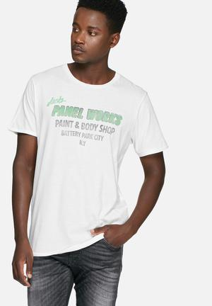 Jack & Jones Vintage Aston Tee T-Shirts & Vests White, Black & Green