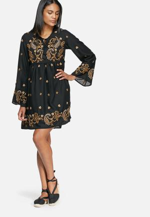 Glamorous Embroidered Dress Casual Black