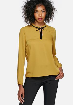 Vero Moda Ellenpol Top Blouses Yellow