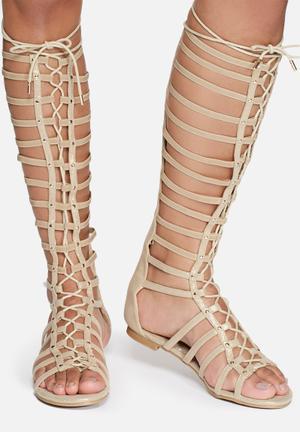 Zoom Kirby Sandals & Flip Flops Beige With Gold Glitter