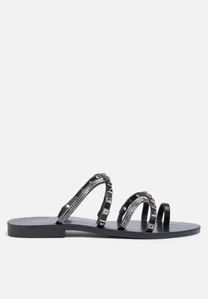 Zoom Aria Sandals & Flip Flops Black
