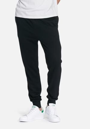 Basicthread Neil Slim Sweat Pants Sweatpants & Shorts Black