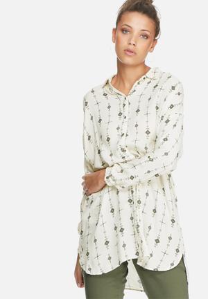 VILA Pointy Long Shirt White, Black & Grey